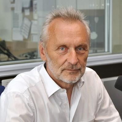 prof. Andrzej Żbikowski