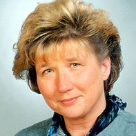 dr hab. Joanna Gierowska-Kałłaur