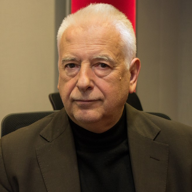 Wiktor Ross, PhD